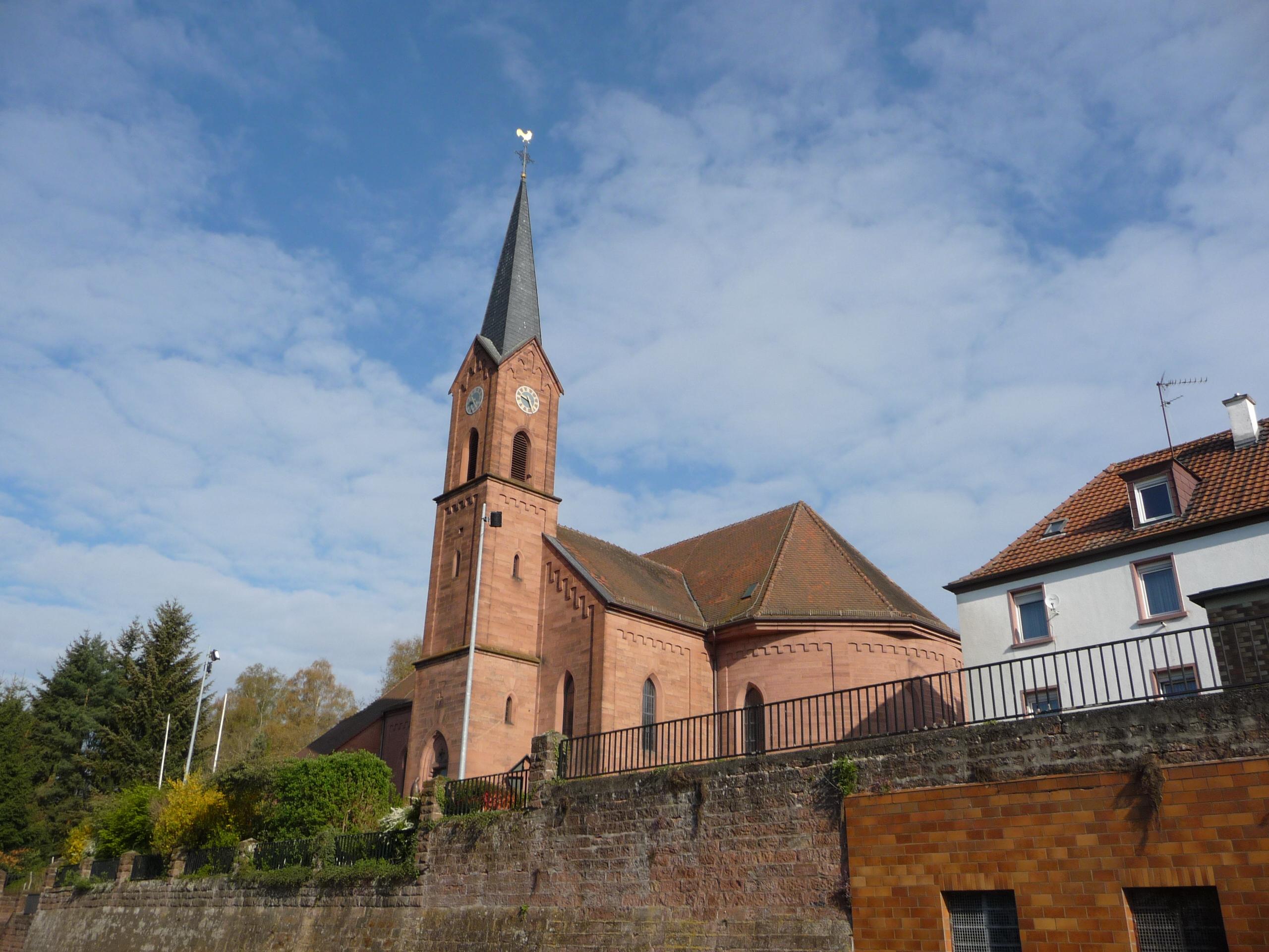 Kirche_St-Laurentius_Hochspeyer_Hauptstrasse